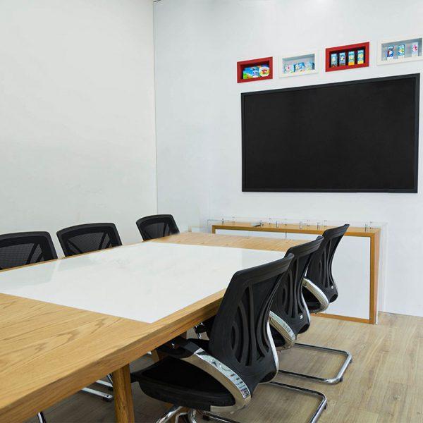 میز های شرکت bel (روزانه)