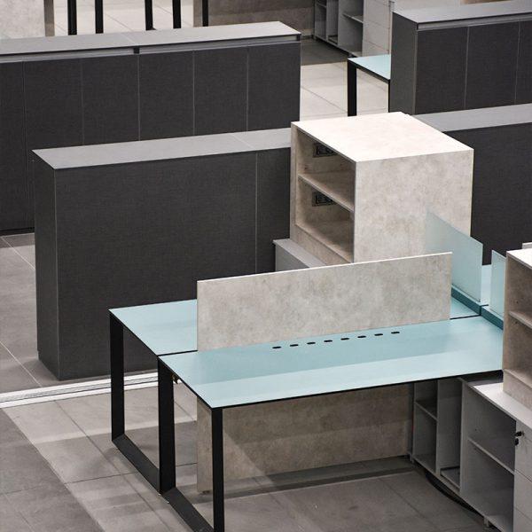 میز های شرکت کوروز